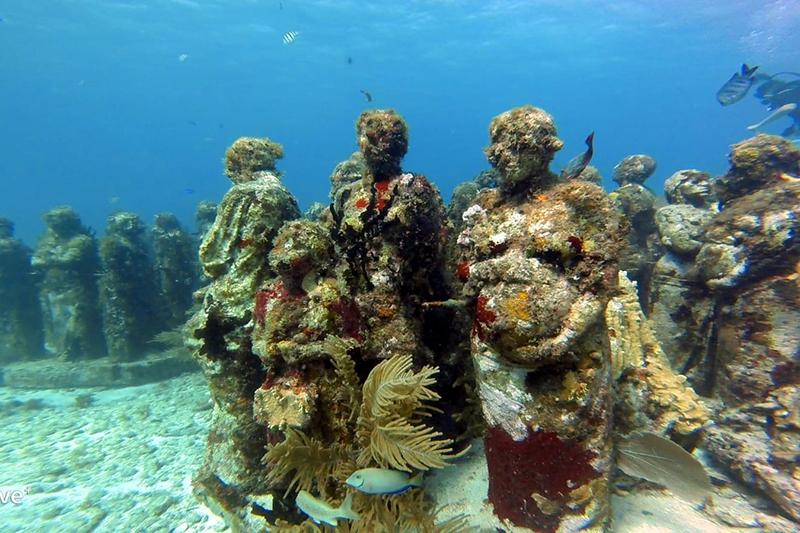 Unterwassermuseum Mexiko