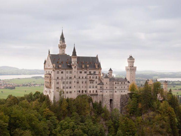 Schloss-Neuschwanstein-Urlaub-Deutschland (1)
