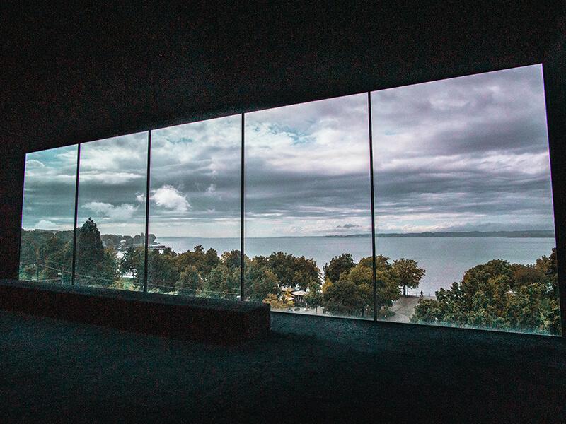 Panorama Fenster im Vorarlberg Museum