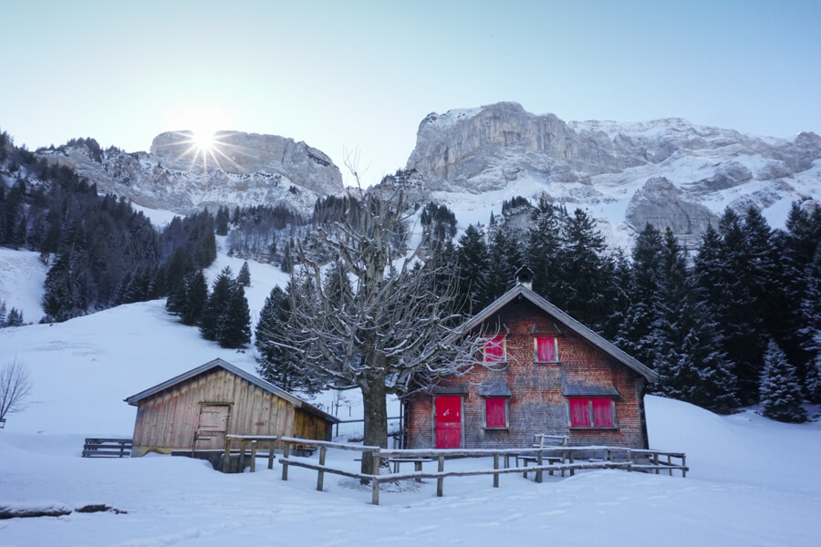 Hütten in den Bergen