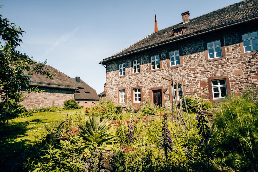 Der Kräutergarten am Kloster Amelungsborn