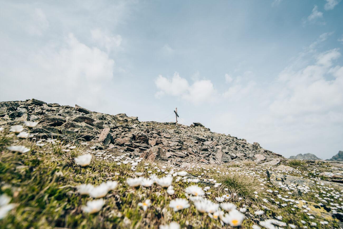 Gipfelkreuz Nörderberg Wanderung